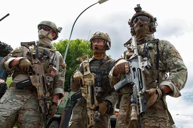 美英法三国坚决不从伊拉克撤兵,德国却撤走35名军人,是怕了吗?_德国新闻_德国中文网