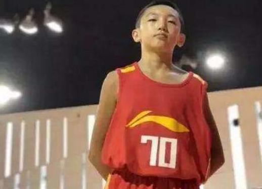 身高158却被破格选进中国男篮