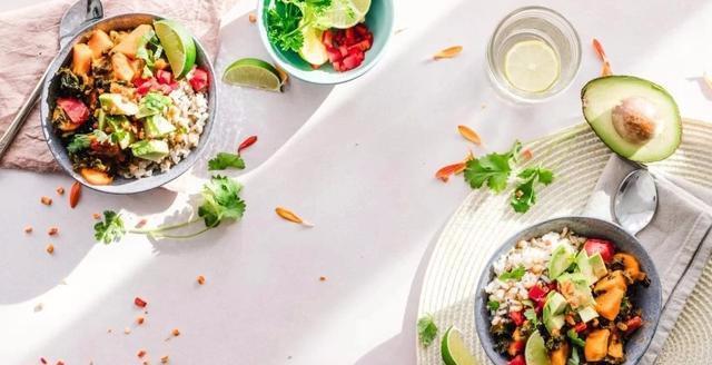 原创春节零食吃什么好?医生提醒:6种健康零食供大家选择