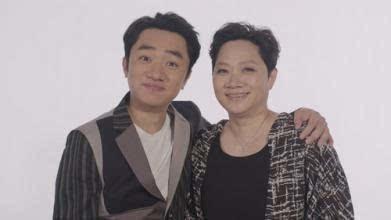 明星与父母合照,肖战妈妈好可爱,林俊杰的爸爸太酷了