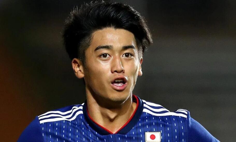 酸柠檬!日本亚少赛MVP即将登陆巴萨 下月才满18