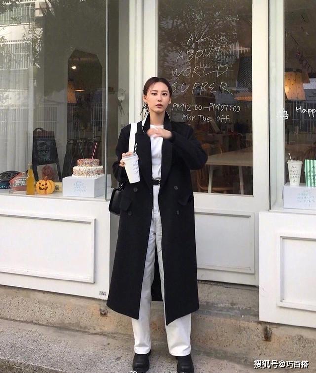 休闲风彻底失宠,今年流行轻熟气质风,这样穿像极了韩剧女主角