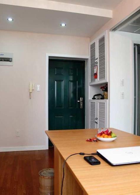 35平米的单身公寓,虽小却温馨,独身一人也可以活得很精彩!