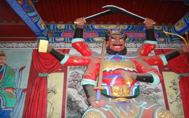 除了二郎神外,这个神仙也有三只眼,日常生活中人们常提到他