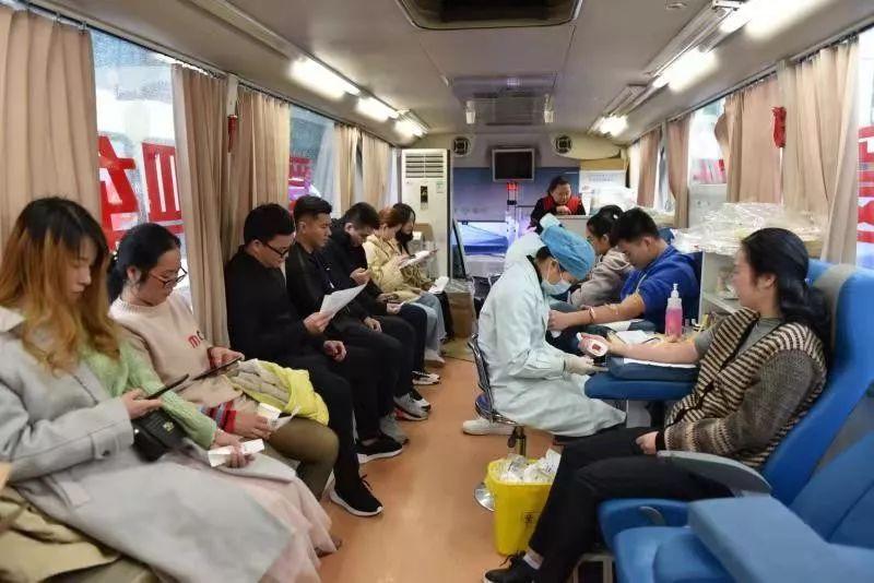 点赞!一个多月南宁共有695名医务人员献血,献血