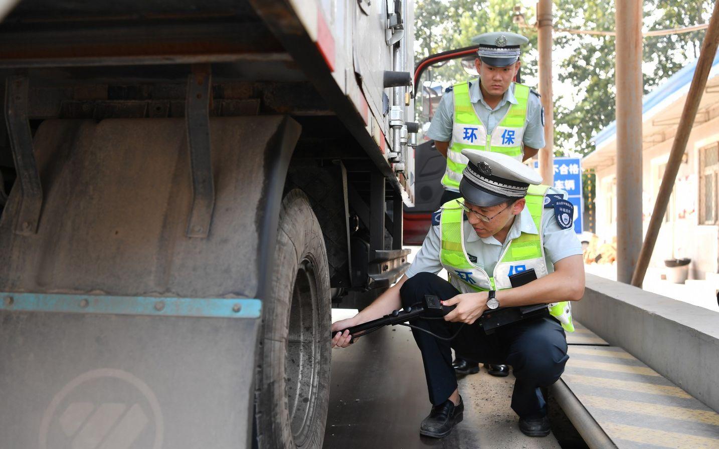 @全体大车司机:北京机动车排放条例通过 上路注意这些