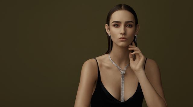 【金伯利钻石官方号】这样的珠宝搭配技巧,你i了吗?