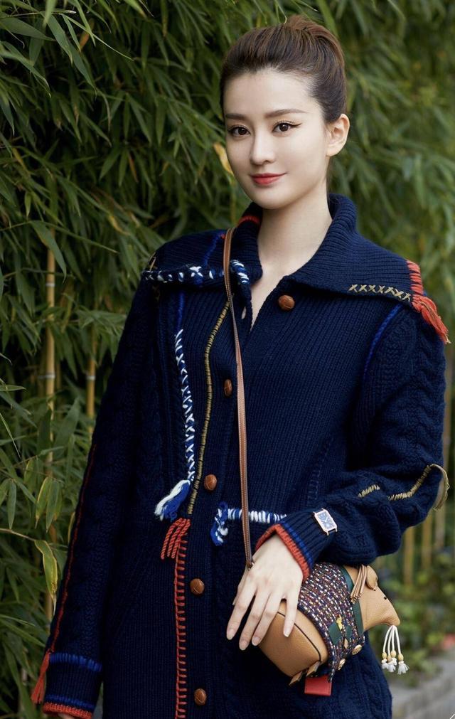 原创             倪妮刘诗诗戚薇周冬雨等亲自挑选的新春开运红包,总有鼠宝得你心