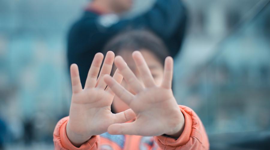 【26小时!云南2岁被拐女孩被救!年底如何防孩子被拐?】