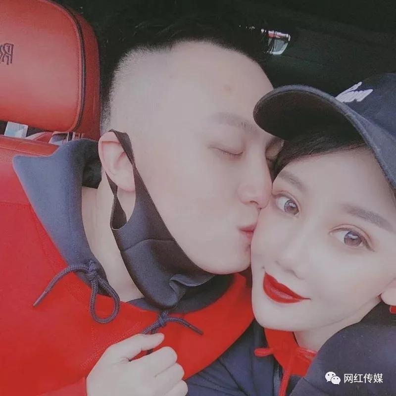 """ks安若溪新歡男友長相曝光,甜蜜親吻!""""仙家""""兒媳婦大罵幾大逆徒不如狗"""