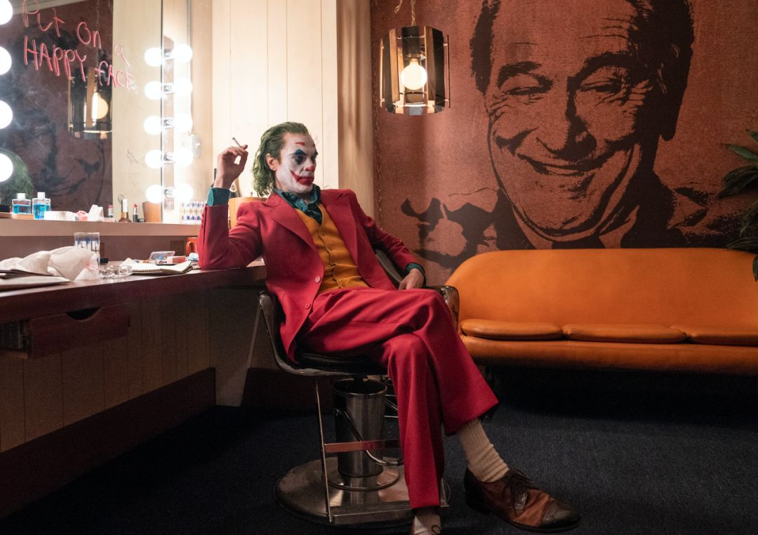 《小丑》与《茶馆》:看看,作恶的力量是多么沉重插图(9)