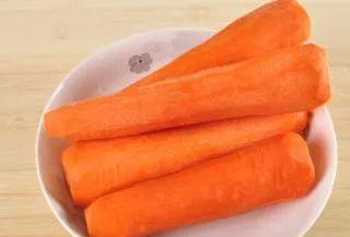喜欢吃胡萝卜的要留心,现在清楚还不算迟,别忽视,叮嘱身边的人: