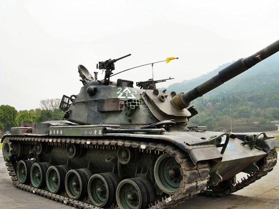 M60A3坦克登岸利比亚讲2000叛军减进混战无人机空