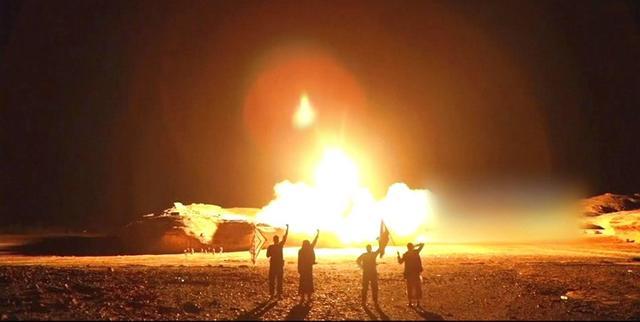 60死50余伤!士兵们正在做祷告,导弹却从天而降
