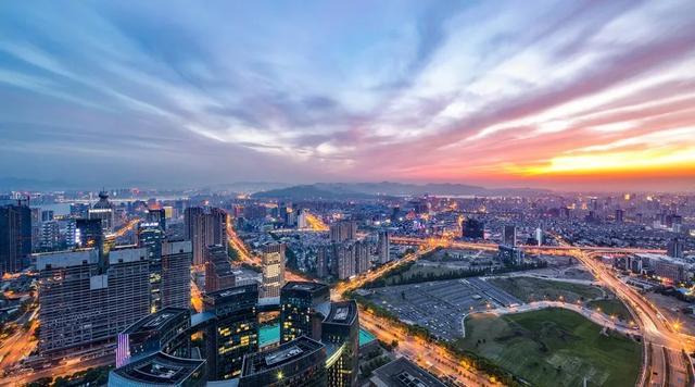 中国320个城市房价涨幅最新排名!