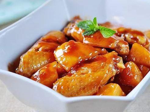 鸡翅和它是绝配,爽滑鲜嫩,连汁都很下饭,家人爱吃_
