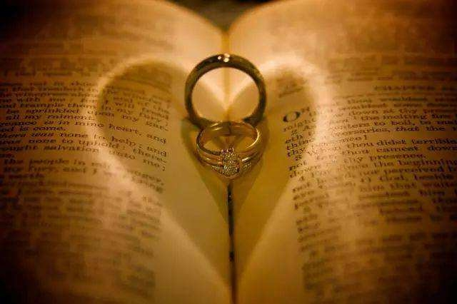 男方八字相合,在一起也婚姻不稳定的命|