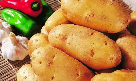 常见的薯类食物你都知道有哪些嘛?每天应该吃多少薯类食物?|
