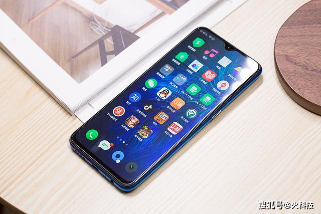 原创             创作开运礼马上要过年了盘点2019年最强千元手机系列:4款值得有