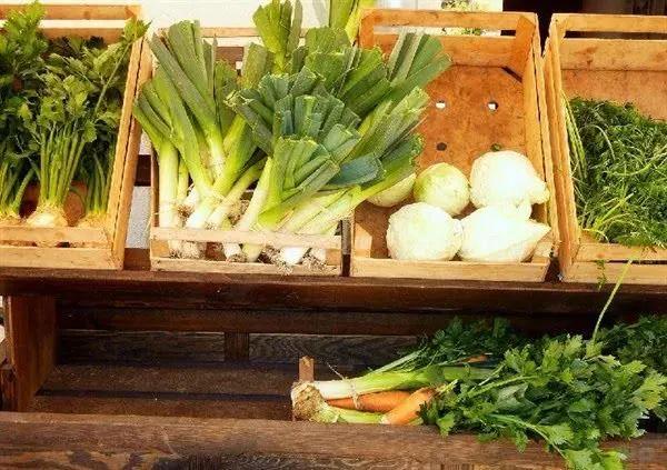 """快过春节了,这4种""""蔬菜""""千万不要买,菜贩子自己都不吃,快叮嘱家人 """