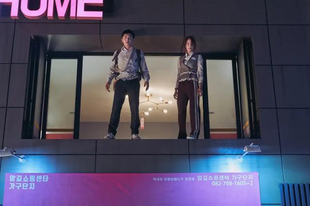 韩国票房狂轰4.69亿,观影人次破942万,林允儿影坛最轰动一次插图(1)