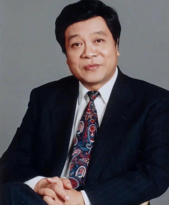 赵忠祥虽离世,他的书画艺术后继有人,赵本山小姨子曾登门拜师
