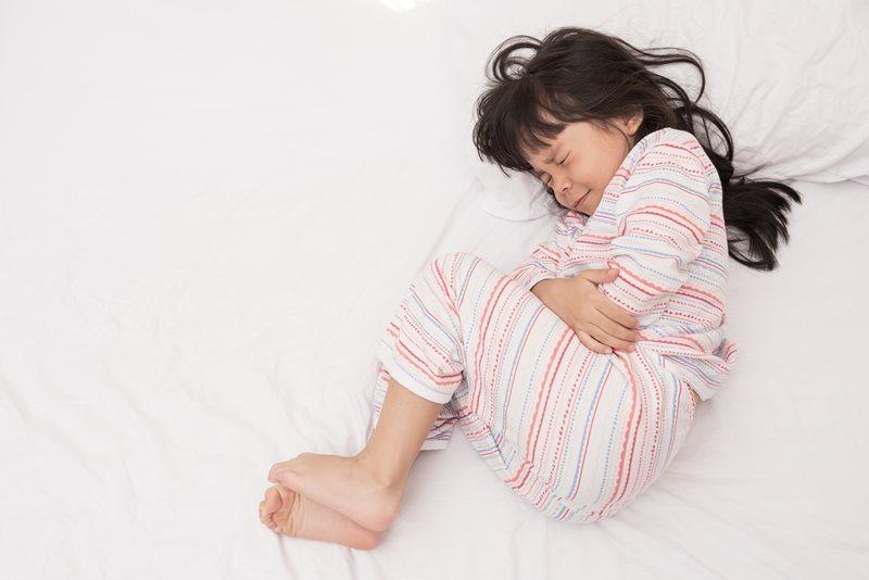 过年幼儿肠胃不适最易出现,少吃高油脂、高热量零食