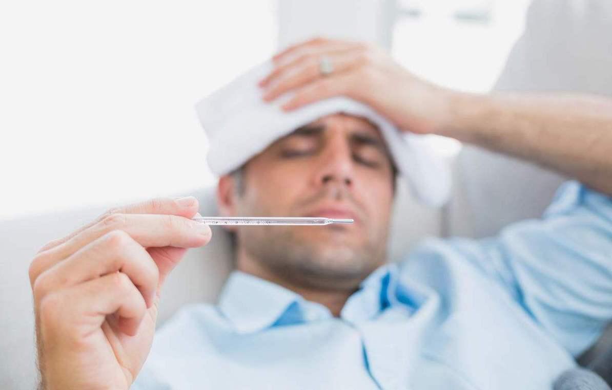 武汉疫情 体温超37.3度且有相关症状要注意!武汉归来可自行观察两周