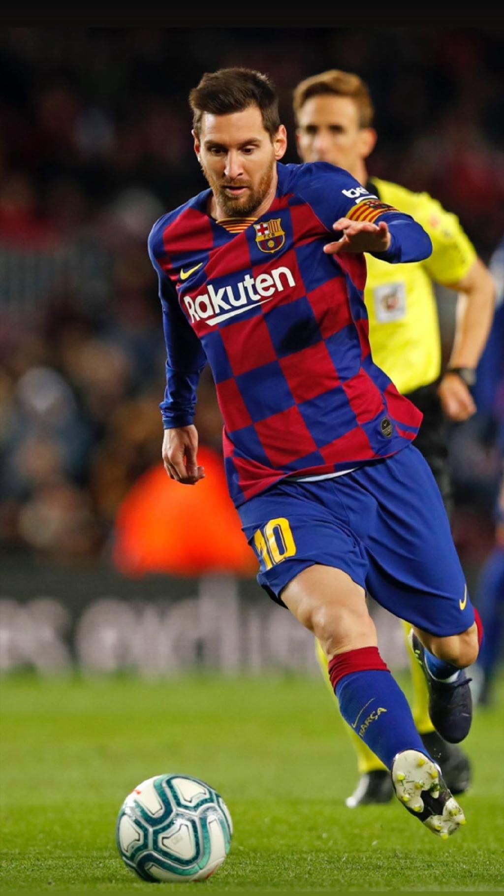 原创             超越贝利倒计时!梅西只差23球追上球王,本赛季有望创造新纪录!