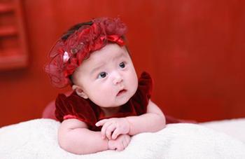 寶寶進入生長突增期,常有這些表現!
