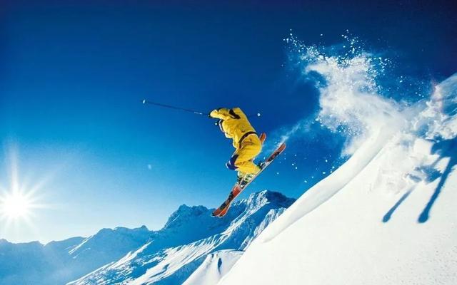 中国冰雪旅游消费大数据:18-19冰雪旅游2.24亿人次、收入3860亿