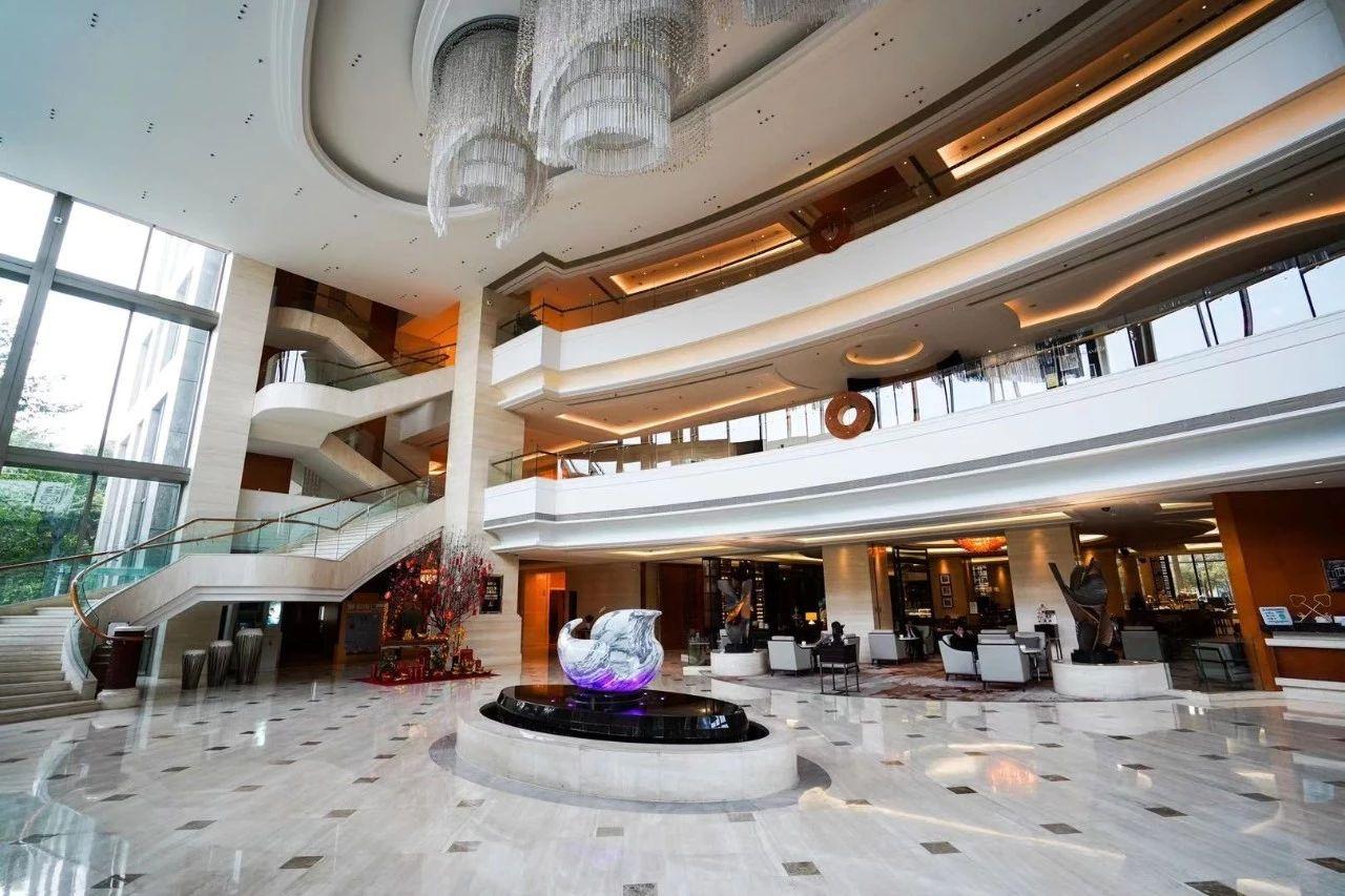 """寒假遛娃新选择,上海新发展亚太JW万豪酒店推出""""潮积木客房"""""""