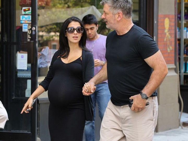孕晚期出去逛个街,孩子就出生了?同是生孩子,差别怎么这么大?