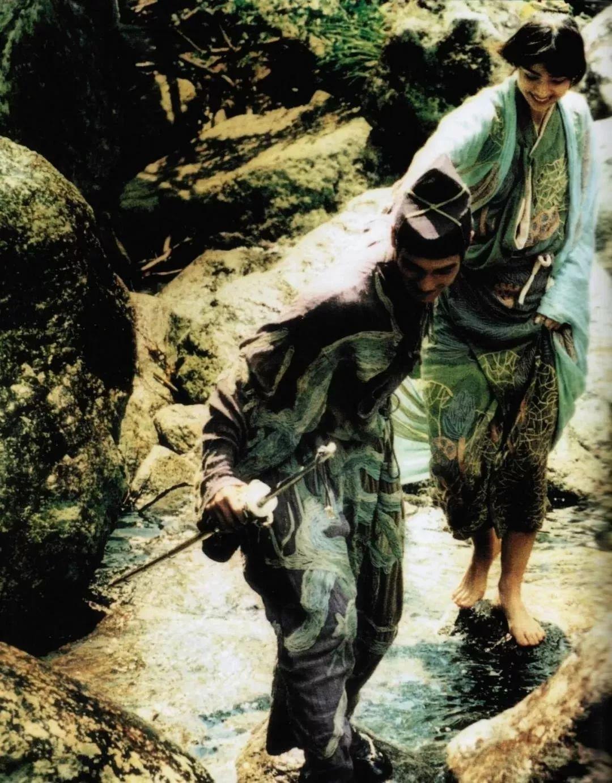 直女扳手天海佑希:单身不是洪水猛兽,不要为了无爱的婚姻而将就