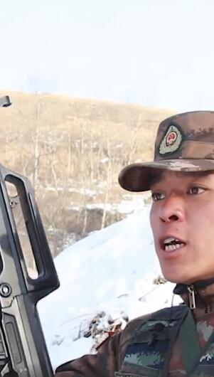 cherry青轴特战队员雪地训练 队长前一秒训话后一