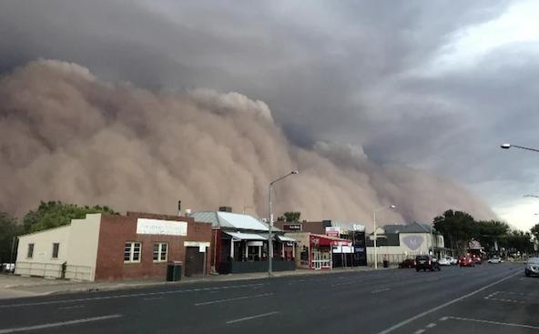 澳大利亚沙尘暴 导致澳大利亚现橙色天空