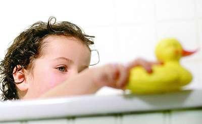 冬天生的宝宝怎么取暖,这些细节需要家长们特别注意