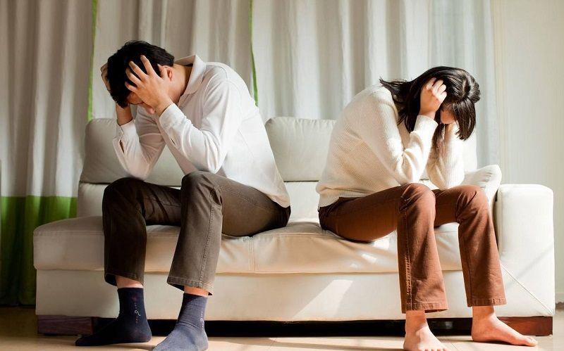 丈夫陪老婆生产,月子刚过就提离婚,分娩专家:最好别让老公陪产