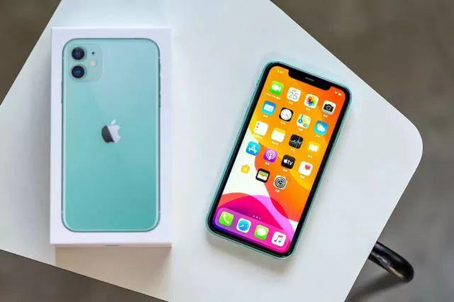 蘋果即將啟用屏下指紋技術:iPhone拋棄劉海屏迎來真全面屏設計