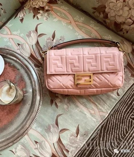 【买包的一万个理由】春节什么包才能招财进宝
