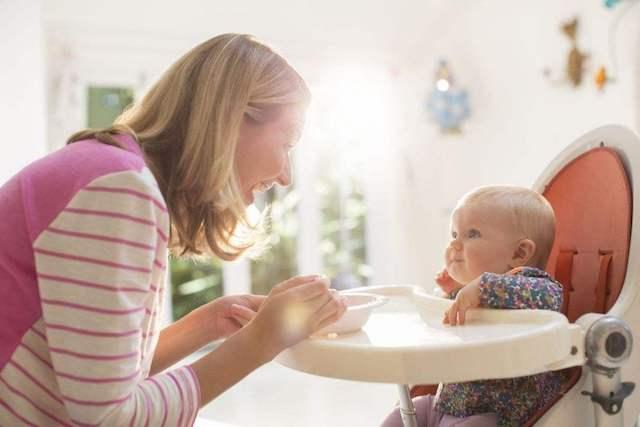"""2岁的宝宝被宝妈戏称""""神兽""""!众多敏感期撞在一起,难搞才正常"""