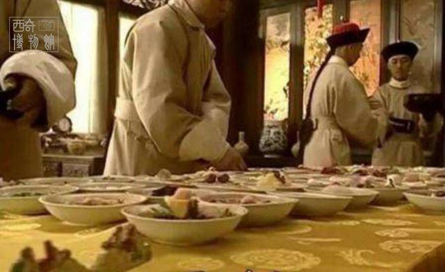 慈禧吃一顿年夜饭,要花多少钱?