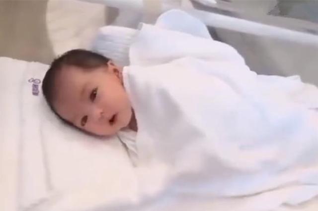 """""""抱错了吧""""?刚出生的新生儿到底有多丑,丑到宝爸不敢相认"""
