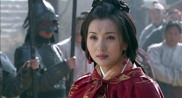 吕布被曹操缢死是因为刘备的一句话?置吕布于死地的另有其人!