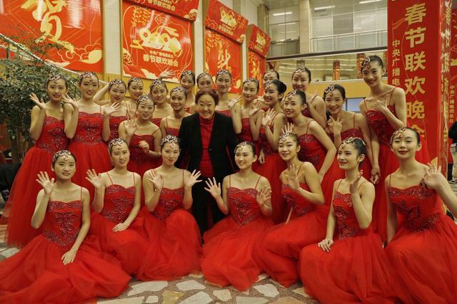 <b>15年的厚积薄发,中国残疾人艺术团再创奇迹</b>