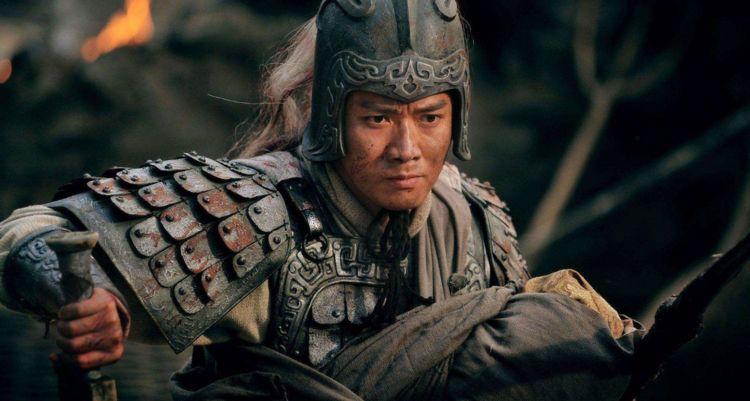 身为完美将领的赵云官职太低,没有被重用?刘备这一招确实厉害