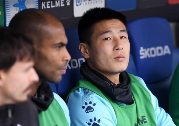 武磊全记录:替补出场11分钟 首次触球就制造威胁