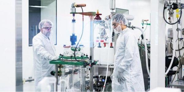 英媒:部分药企争相研发新冠状病毒疫苗