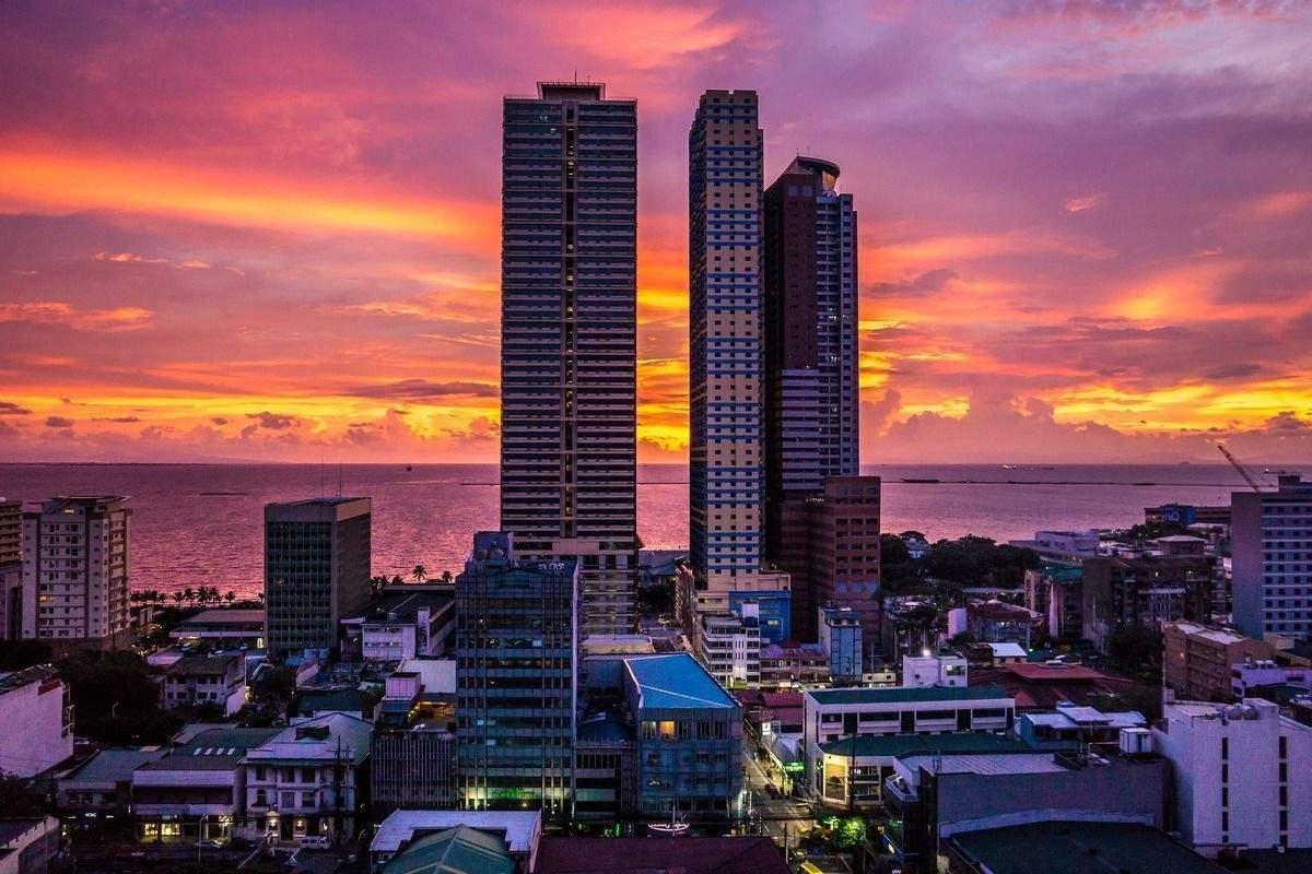 2019年菲律宾经济增长5.9%,GDP约3593亿美元,略低于中国辽宁省