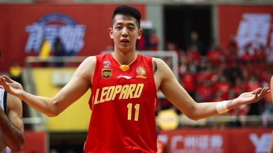 在深圳打工,开百万豪车,半年换了两个女朋友,感谢职业篮球